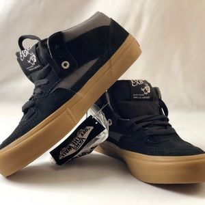 213038a44d1 Vans Shoes - Vans Men s Half Cab Pro Shoes Black Pewter Gum